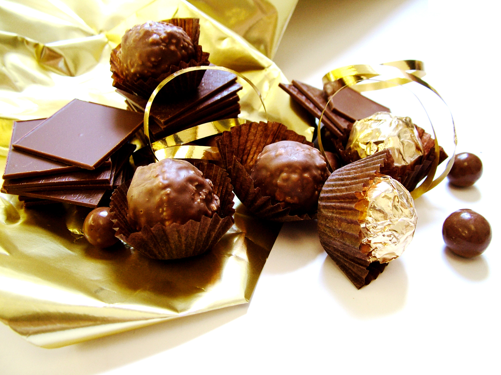 Nie rezygnuj ze słodyczy, czyli najważniejsza cecha dobrego specjalisty PR w 2015 roku
